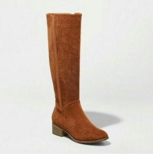 Womens brown faux suede boots sizes varies nwot